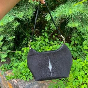 Handbags - Pebbled black hobo bag